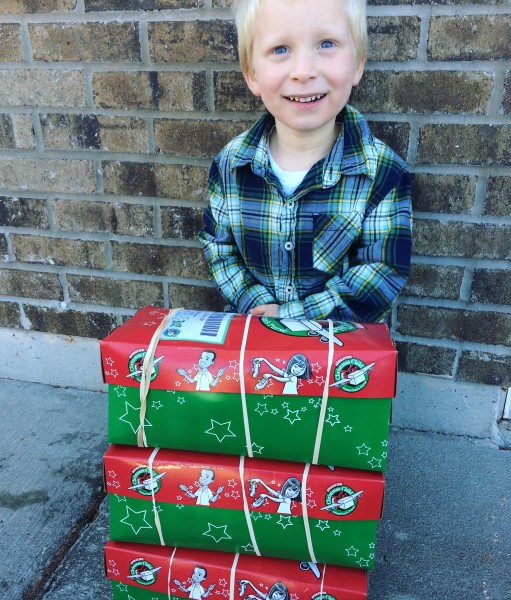 Great ideas for packing Operation Christmas Child Shoeboxes!