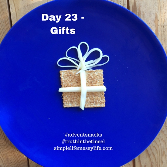 Advent Snacks day 23 - gifts