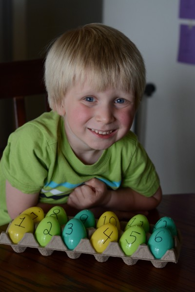 Resurrection Eggs plus free printable!
