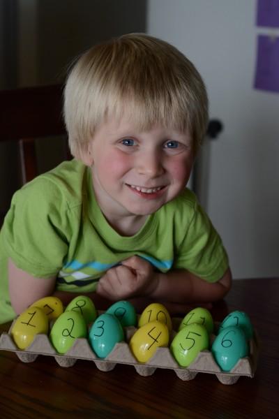 Resurrection Eggs plus free printable!