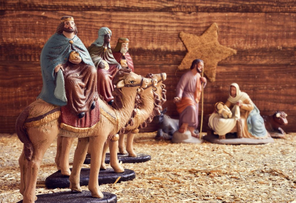 three wise men and nativity set